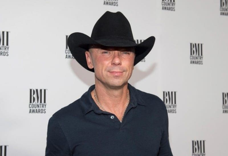 Everything there is to know about Kenny Chesney's romantic life