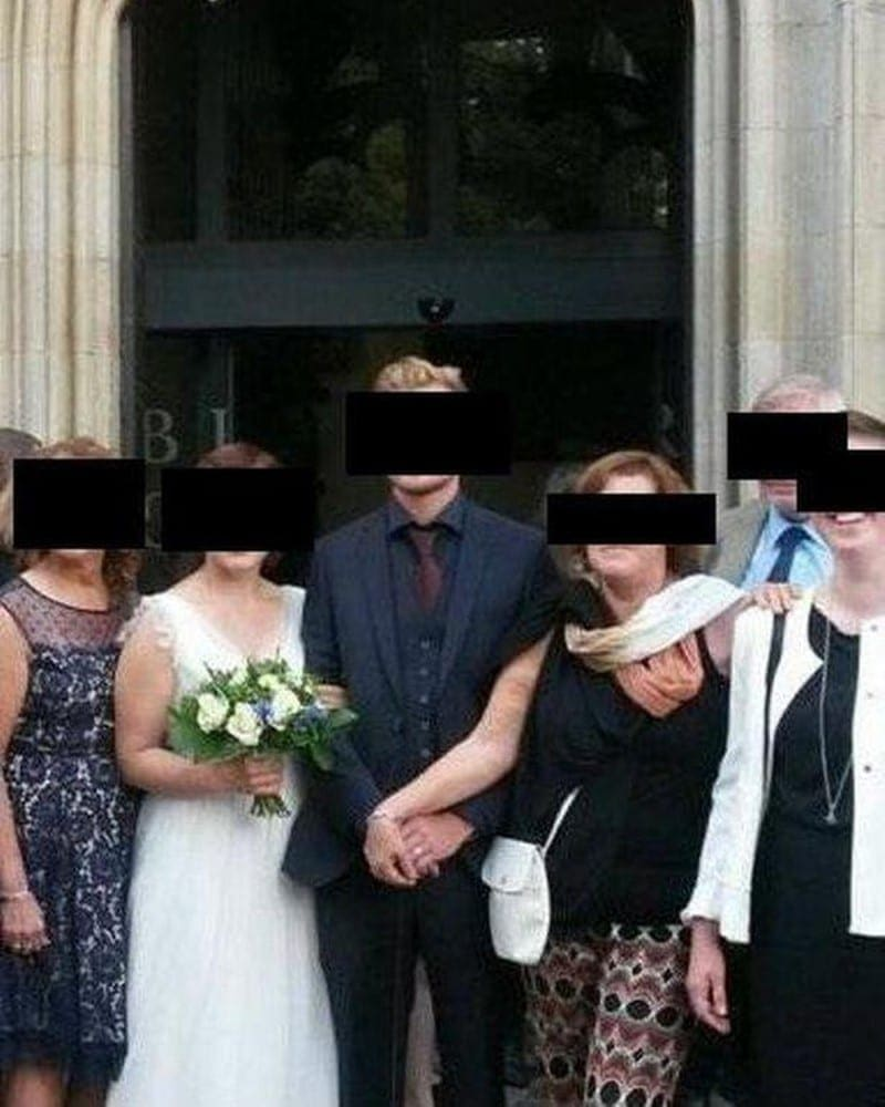 Mother In Law Blocks The Bride And Grabs Her Son S Hand In Weird Wedding Photo Social Gazette The best place on the internet for inlaw stories. mother in law blocks the bride and